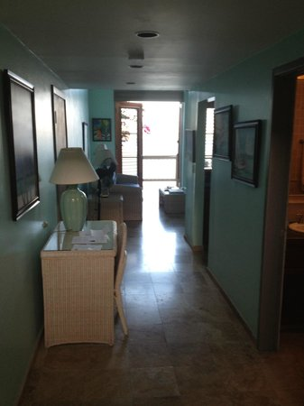 Gallows Point Resort: View of unit as you walk in