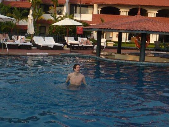 The Gateway Hotel Janardhanapuram Varkala: Un bañito que hace mucha calor!