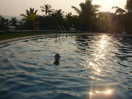 The Gateway Hotel Janardhanapuram Varkala: Vamos a tomar un baño!