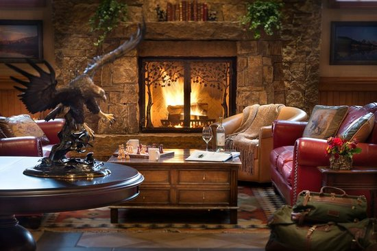 Wyoming Inn of Jackson Hole: Enjoy a wood burning fire in our Grand Western Lobby