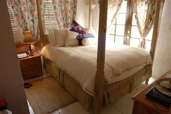Sugar Apple Bed and Breakfast: Room