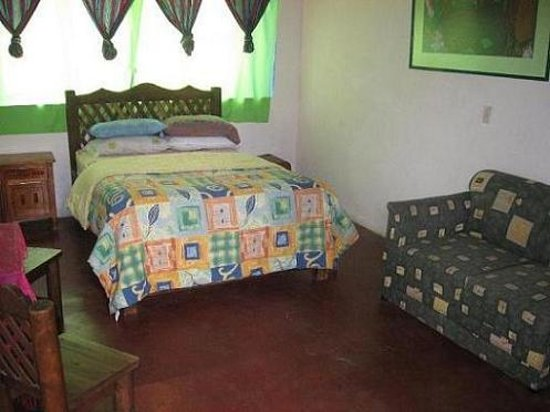 Casa jardin hostel reviews san cristobal de las casas for Casa jardin hotel