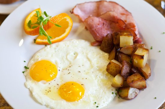 Wyoming Inn of Jackson Hole: This western breakfast hits the spot every time!