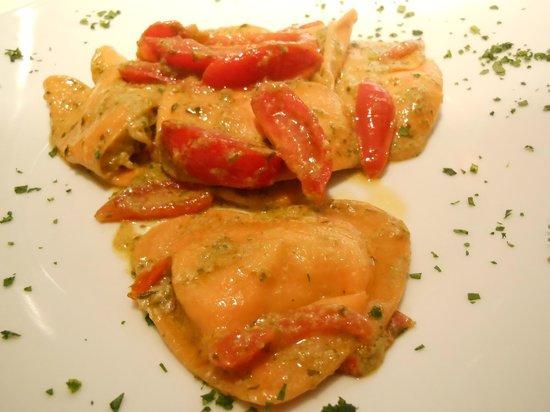 La Cucina del Petrarca: cuori di bufala con pomodori e crema di rucola
