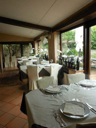 La Cucina del Petrarca: veduta interna del locale