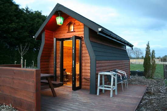 River Valley Holiday Park: The wooden hut