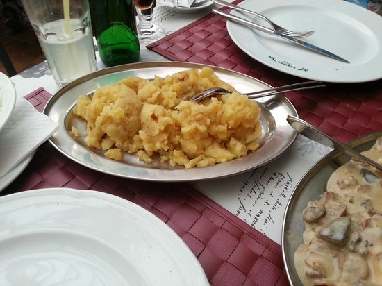 KRCMA ''GABREKU 1929.'': Potatoes with fried onions and grease