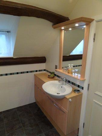 Castle Cottage Restaurant with Rooms: salle de bain