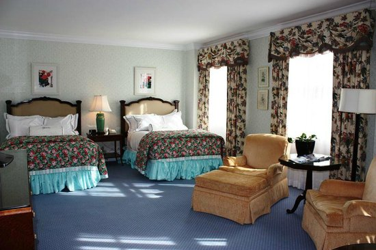The Greenbrier: Our fantastic room!