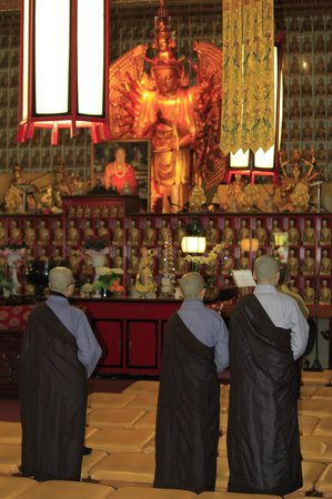 The City of Ten Thousand Buddhas: amazing