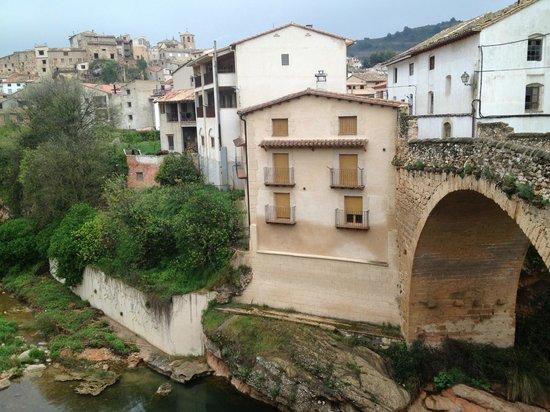Hotel La Fabrica de Solfa : Beceite y Puente sobre rio matarranya