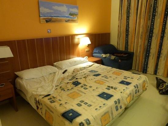 chambre picture of hotel ght aquarium spa lloret de mar tripadvisor. Black Bedroom Furniture Sets. Home Design Ideas