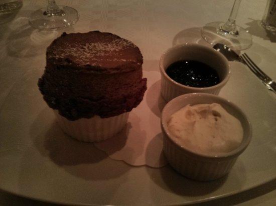 Brasserie Bobonne: blueberry soufflé