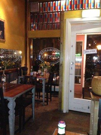 Restaurant Gusto: entrance