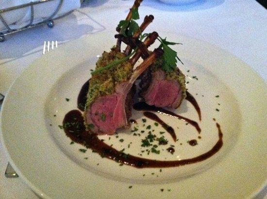 Azul Restaurant and Lounge: rack of lamb at Azul
