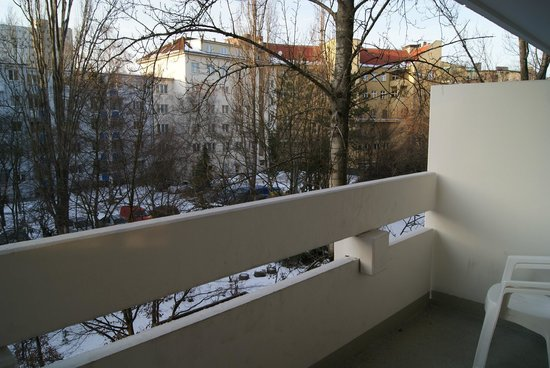 Classic Apartment: Balcony