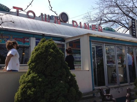 Deluxe Town Diner: Watertown's real diner