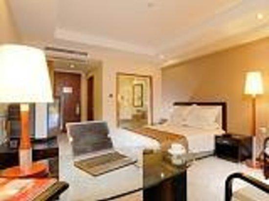 Kaiyue Business Hotel