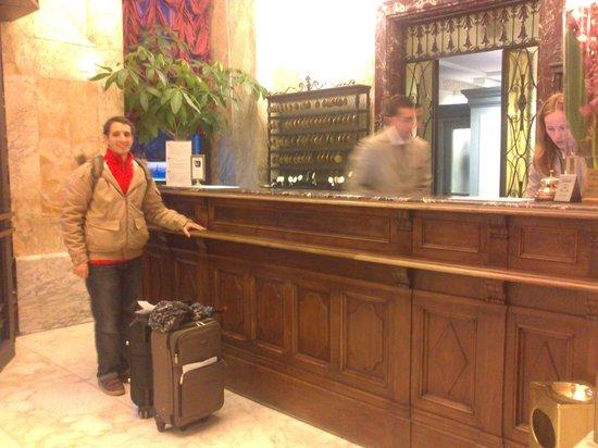 Grand Hotel Savoia: Recepción