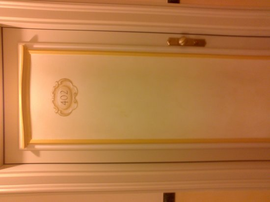 Grand Hotel Savoia: Puerta