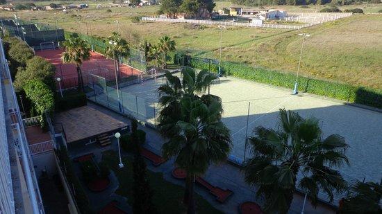 Don Miguel Playa Hotel: Canchas de fútbol, tenis, gimnasio y minigolf