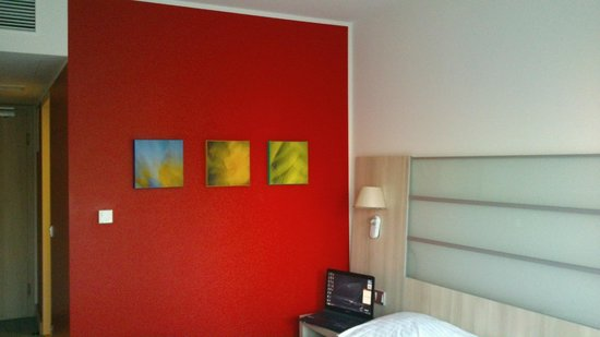 Park Inn by Radisson Linz: chambre