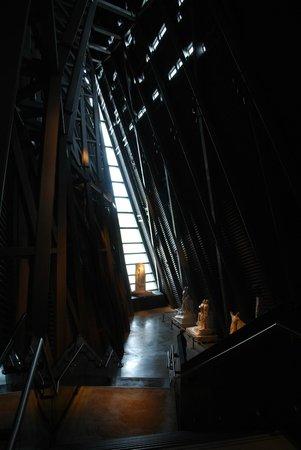 Museo canadiense de la guerra: Hope, once more