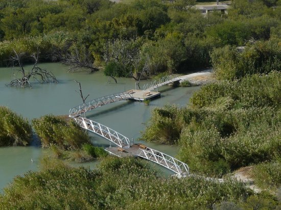 Rio Grande Village Nature Trail: The boardwalk viewed from the highest point on the trail. All pics taken on Rio Grande Nature Tr
