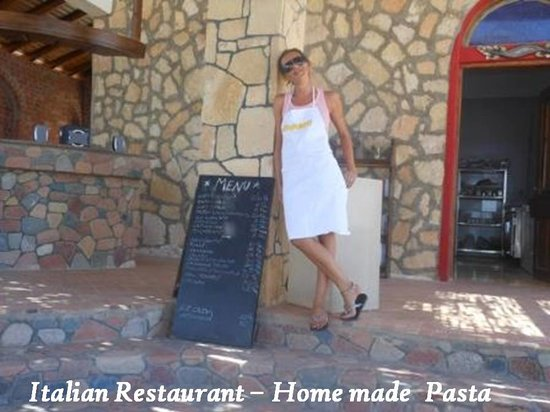 Canyon Estate Dahab Beach Hotel Residence: italian food