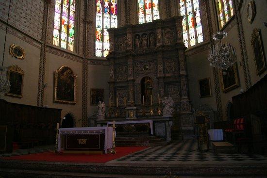 Cathédrale Saint-Jean : Altar pricipal