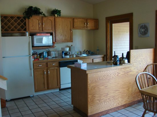 Shawnee River Village 1: Kitchen