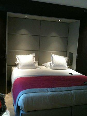 Hotel Tourisme Avenue: Suite