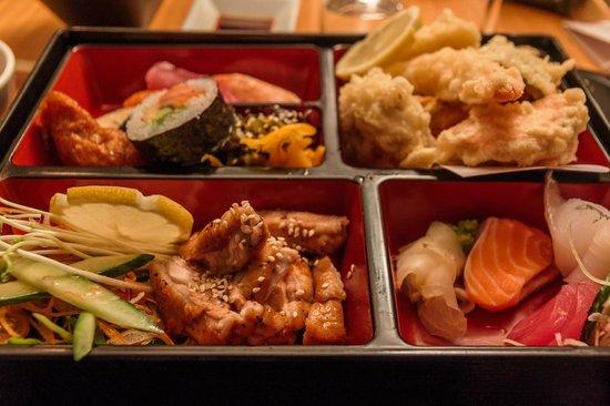 Miyazu Japanese Restaurant: Chicken bento box