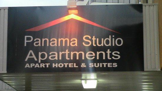 Panama Studio Apartments: Signage