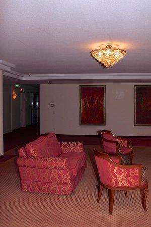 Victor's Residenz-Hotel Erfurt: Weiträumige Bereiche