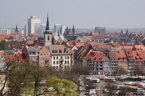 Victor's Residenz-Hotel Erfurt: Aussicht vom Pfingstberg