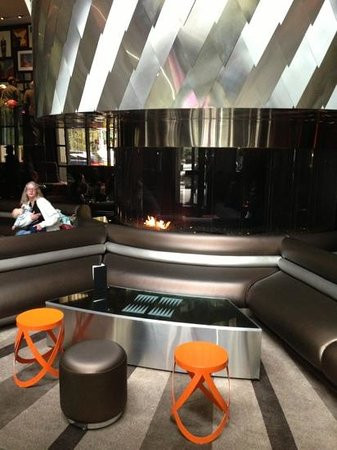 W Seattle: happy hour lounge/lobby