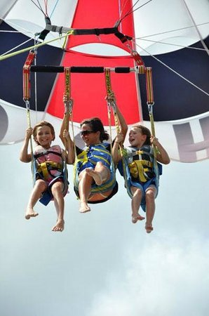 H2O Sports: Flying with the kids..:))
