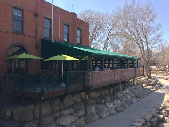 Boathouse Cantina : The front of the restaurant overlooks the Arkansas River