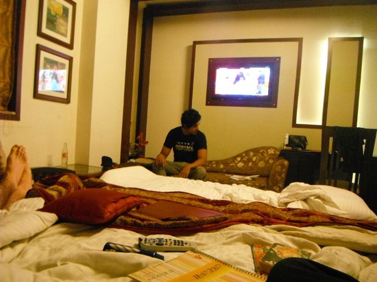 AT Residency Hotel: Room interior; we did a good job of being messy