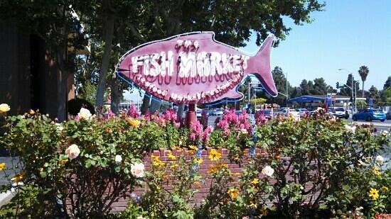 The Fish Market: Santa Clara Fish Market