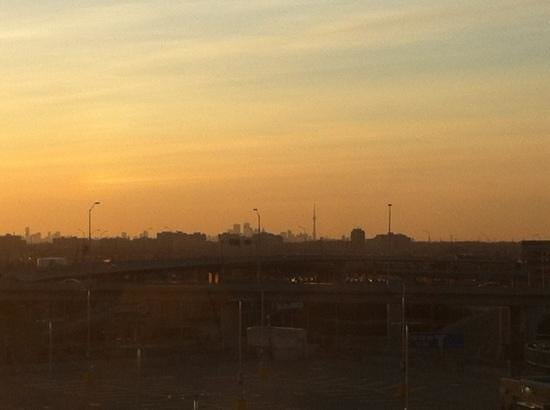 Sheraton Gateway Hotel in Toronto International Airport: view from room (511) as sun was rising.