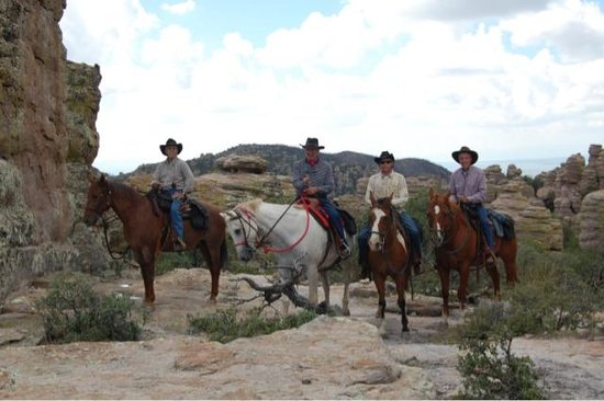 Hideout Ranch: Four gentleman who have ridden together at ranches all over the US came to ride with us, and had