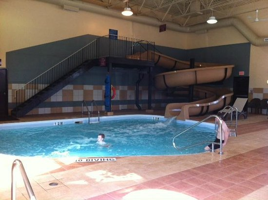 Best Western Plus Pembina Inn & Suites: Pool