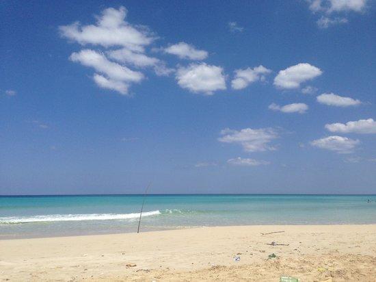 Playas de Este: EXCELENTE PLAYA, POCO SUCIA PERO BUENA