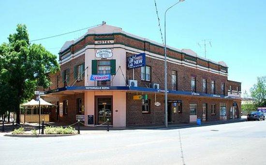 Tattersalls Hotel Gilgandra Australia : 2016, prezzi e recensioni ...