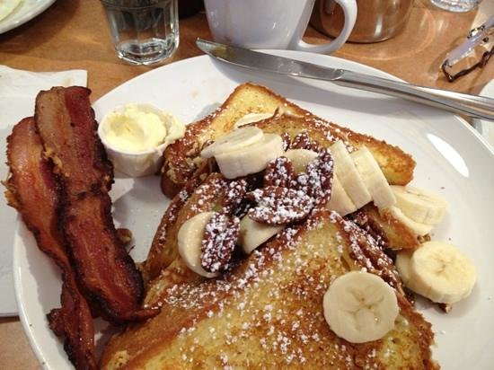 Butterfield's Pancake House : Banana and pecan french toast