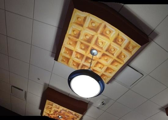 Butterfield's Pancake House : Waffle on the ceiling