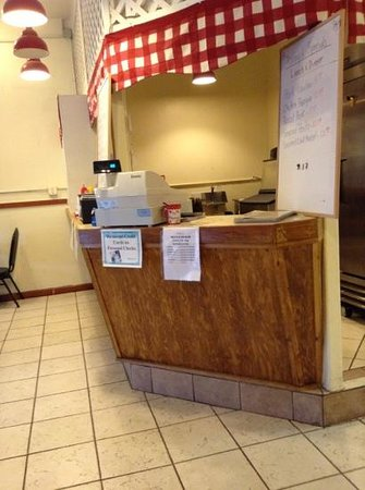 Molokai Roast Pork House: cash register
