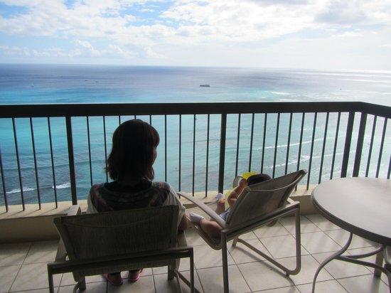 Aston Waikiki Beach Tower: ラナイからの眺め